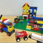 LEGOの「赤いバケツ」だけでは不十分。「くみたてキューブ」と「基礎板32×32」を買い足した理由。