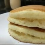 ホットケーキミックスにマヨネーズをプラス。超ふわふわなパンケーキが出来る。